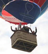 Le logo Libres Ballons du Bastberg imprimé sur une montgolfière